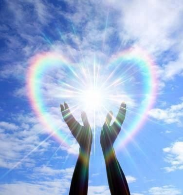 hands-healing-light-heart